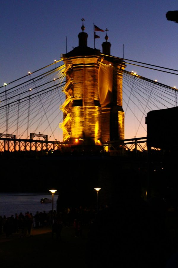 The+Roebling+Bridge+lights+up+with+an+assortment+of+colors.+