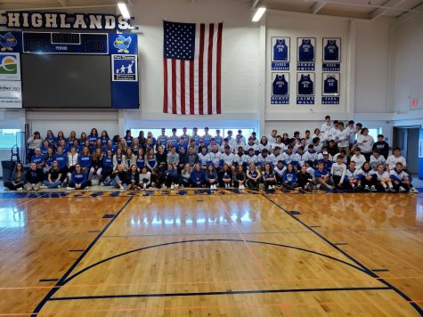 Spring sports athletes in uniform on the last day before NTI. Courtesy of Athletic Director Kevin Nieporte.