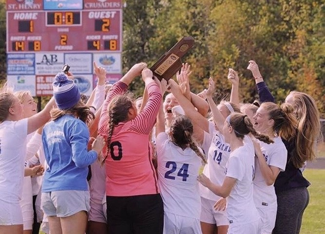 HHS+girls+soccer+team+celebrate+after+beating+Notre+Dame+for+the+Ninth+Region+girls+soccer+championship.