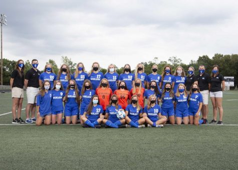 The Highlands High School girls varsity soccer team.  Photo courtesy of Highlands Girls Soccer Twitter Page (@hhsgirlsscr).