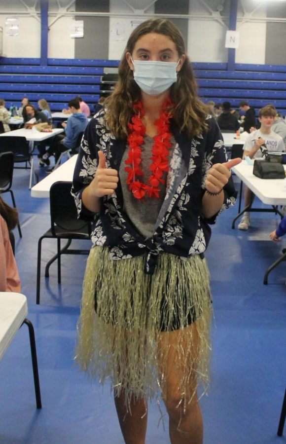 PHOTO GALLERY: Florals fill school as students dress for day of three of Spirit Week, Hawaiian day