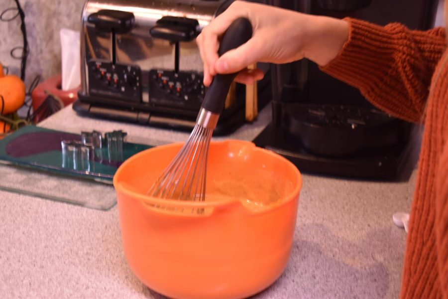 Imagine holding the whisk wrong... couldn't be Maggie...