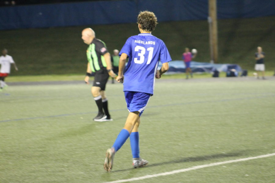 Sophomore Chad Gesenhues waits for the ball.