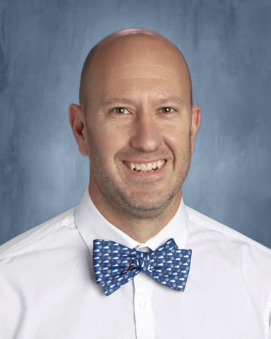 Chris Norris is the new head girls soccer coach for the 2021-2022 season.